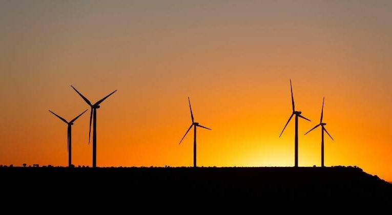 Seven Out Of Eight Renewables Firms Retain The Purchase Recommendation