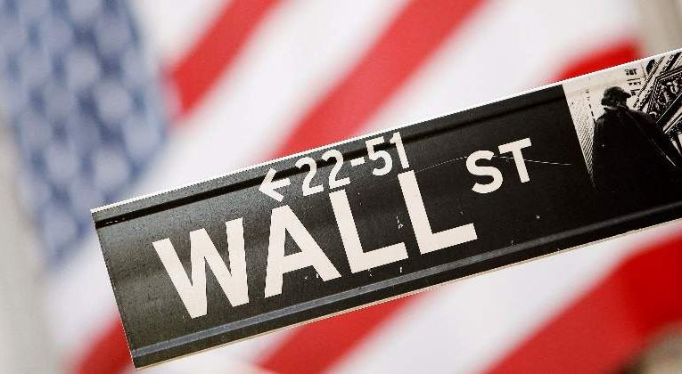 Wall Street Sounds Alarms Of A Potential Correction In S&P 500 Making